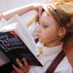 Külföldi nyelvtanulás: ki vállalja a felelősséget a gyermekeinkért?
